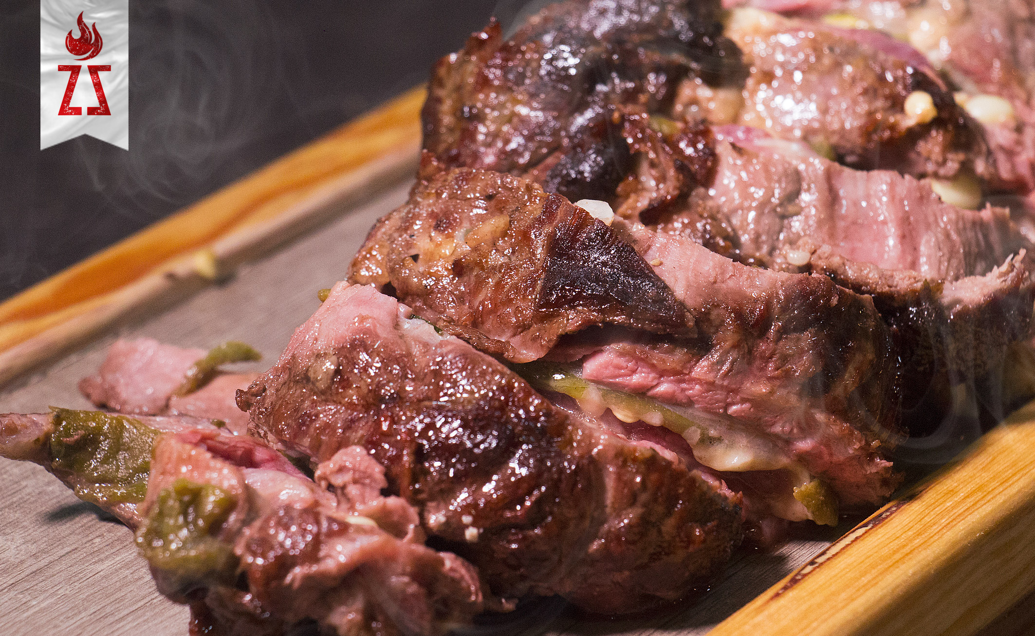 Rollo de arrachera poblano